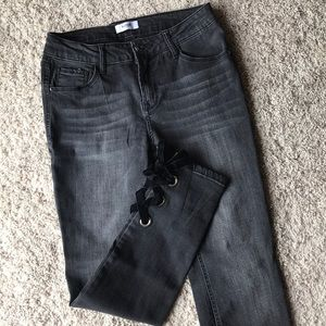 Kensie Lace up Cropped Jeans- NWOT